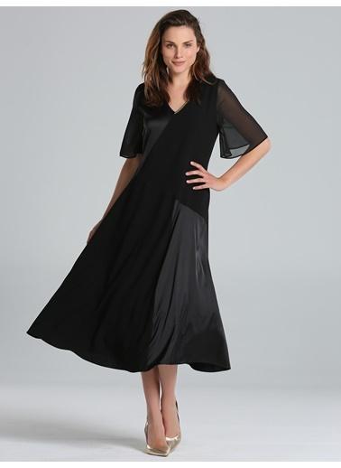 Elbise-Faik Sönmez